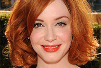 Christina-hendricks-makeup-for-red-hair-side